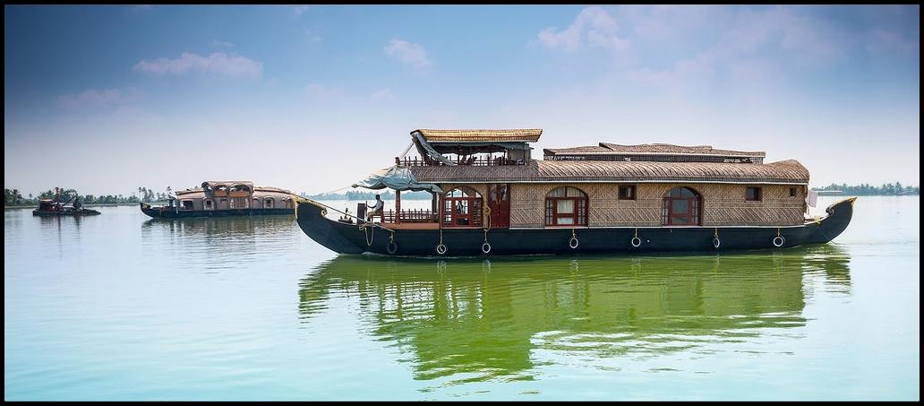 Kerela backwater cruise