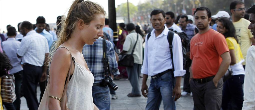 women travelers face stare