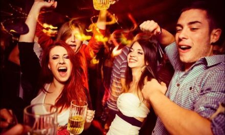 Top Night-out Places in Delhi for Insomniacs and Night Owls: Discover Everything about Nightlife in Delhi
