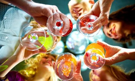18 Popular Indian Drinks and Beverages to Enjoy with Your Friends Once: Know India's Drinking Culture
